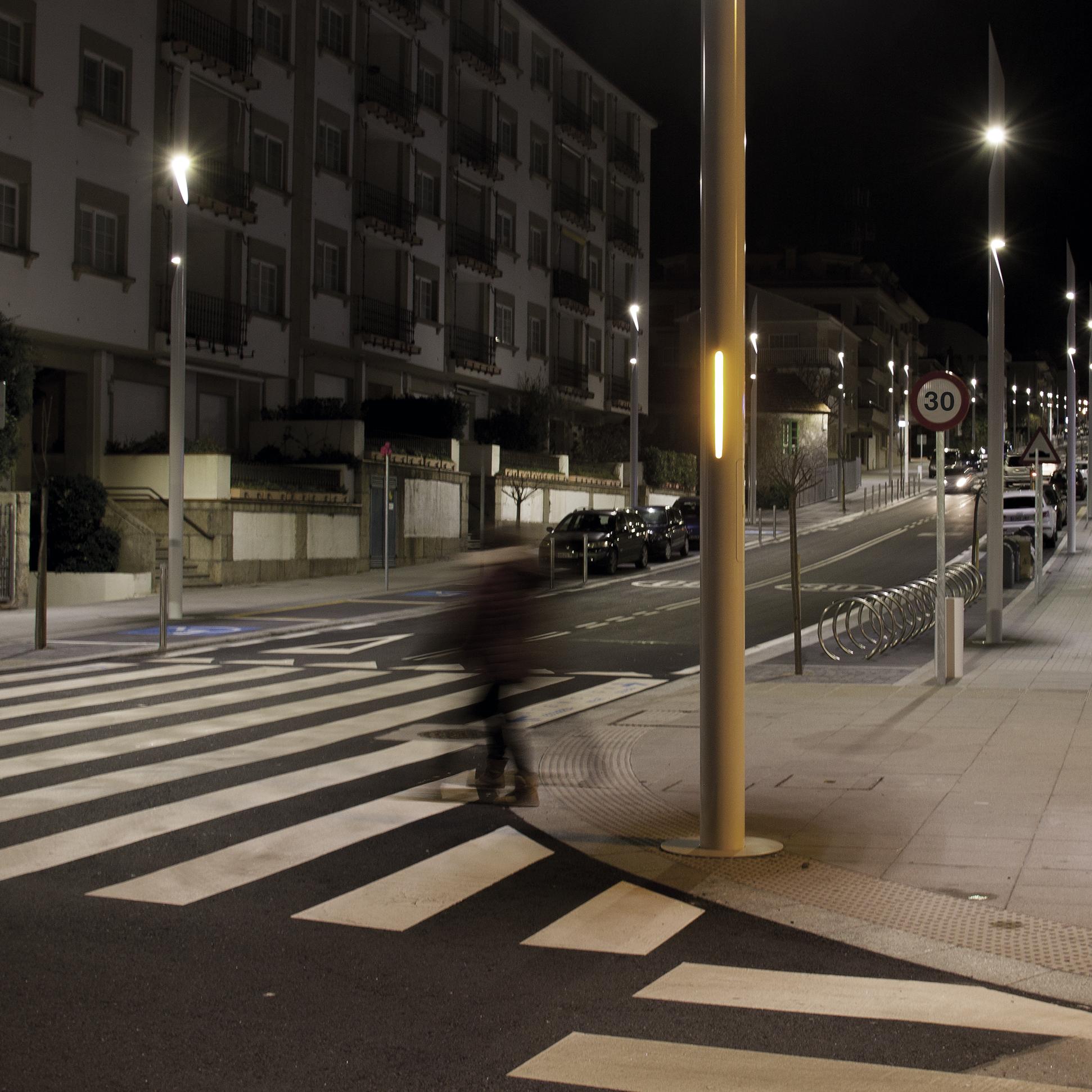 Luz interactiva para proteger vidas en los pasos de peatones