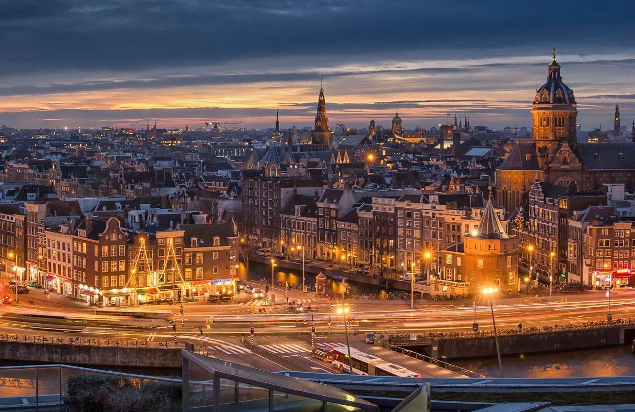 La mayor renovación de alumbrado público del noreste de Europa será fabricada en Galicia.